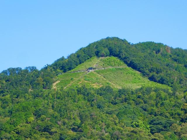 【限定20席】京都レストランバス「ガイド解説で五山送り火を学ぶ 嵐山までの特別ランチコース」